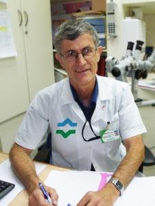 """ד""""ר סיגלר. החיסון יעיל ל-13 שנה. צילום: דוברות הכללית"""