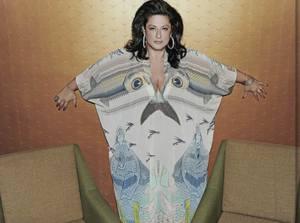 אישה גדולה מהחיים. עמר. אלבום פרטי