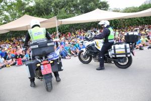 התלמידים נחשפו לעבודת המשטרה בשמירה על הביטחון ושלטון החוק. צילום: עיריית ק. מוצקין